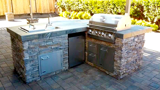 Outdoor BBQ and Fire Pits